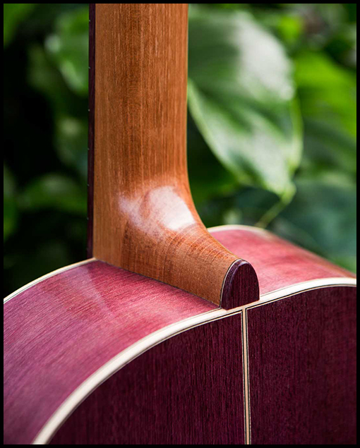"Detalle parte trasera guitarra modelo ""Amaranto"" del luthier Matias Costa"