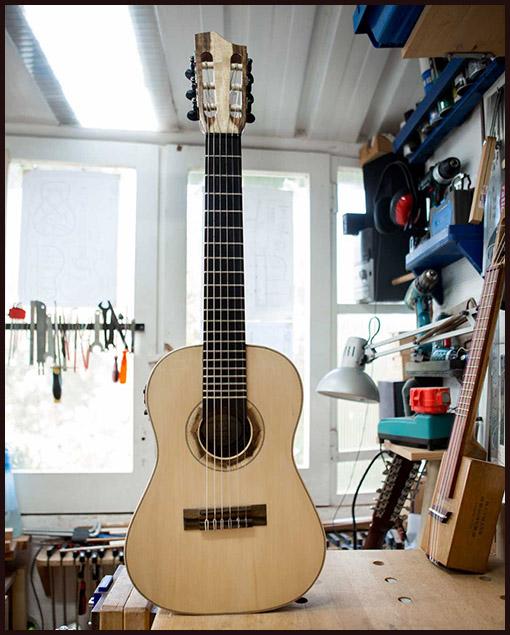 guitarra de fabricación artesanal Matías Costa
