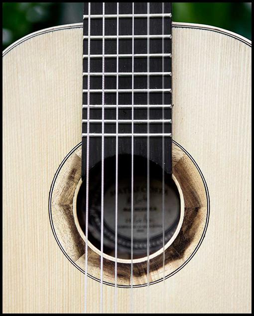 Roseta de guitarra de viaje personalizada de Matías Costa Luthier